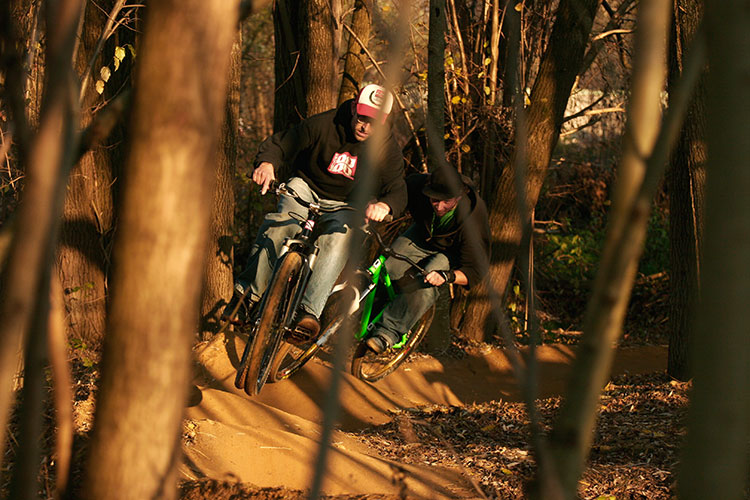 leafcycles pumptrack train