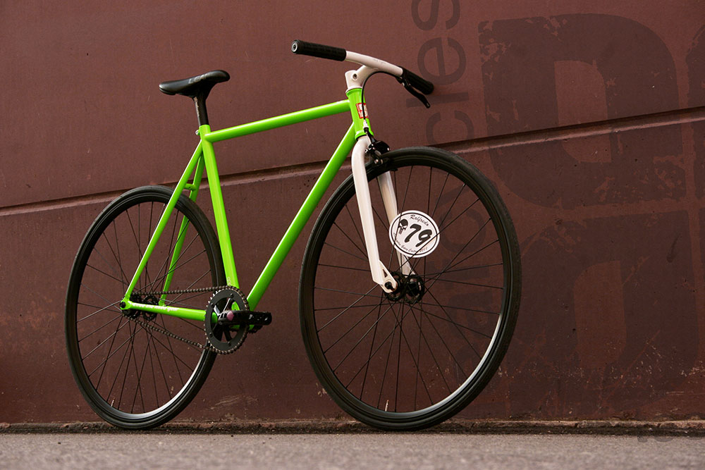 Leafcycles Fixed Gear Bike - Limited Edition - neon green